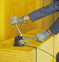 Páskování s pákovačkou na ocelovou pásku CH43